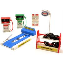 Model Garage Accessories