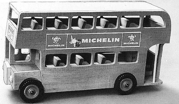 Double Decker Bus - Plan