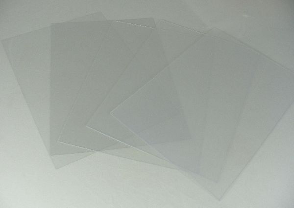 Acrylic and Polyester Clear Plastic Sheet