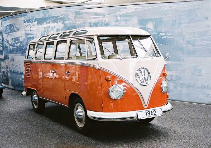 Revell VW T1 Samba Bus Kit