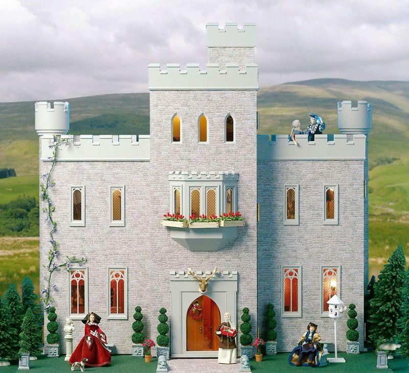 Cumberland Castle Dolls House