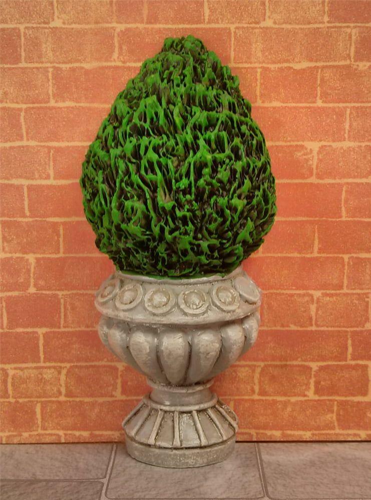Flat Backed Topiary Bush