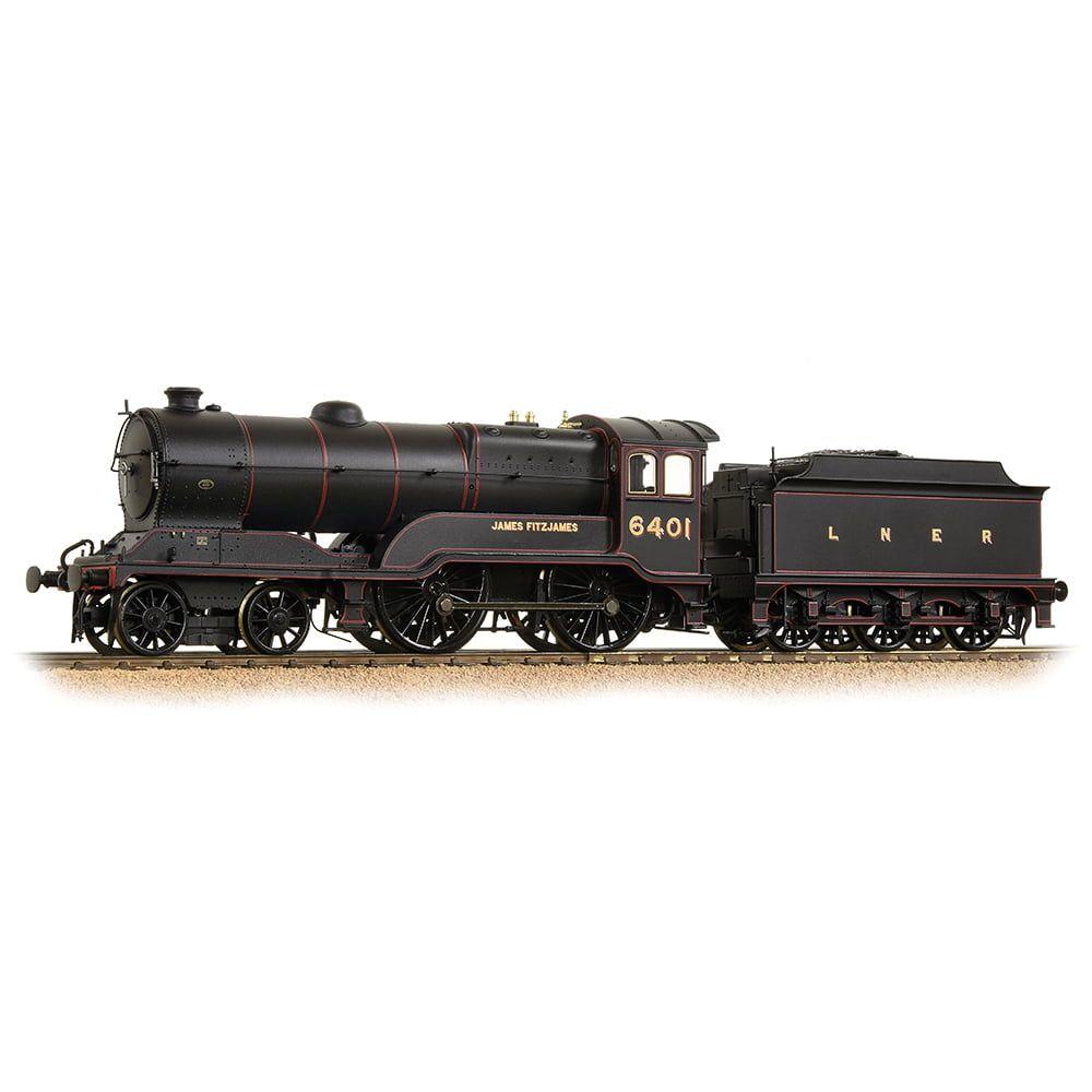 Class D11/2 4-4-0 6401 'James Fitzjames' LNER Black