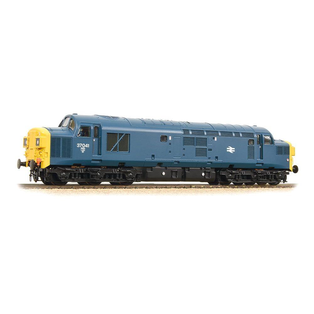 Class 37/0 37041 BR Blue Split Headcode