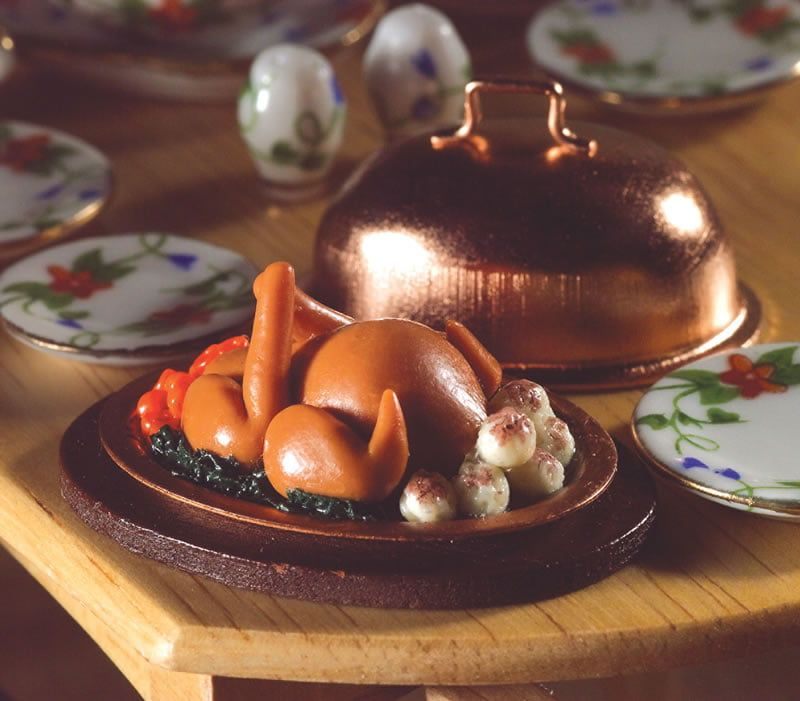 Roast Turkey with Dome Cover