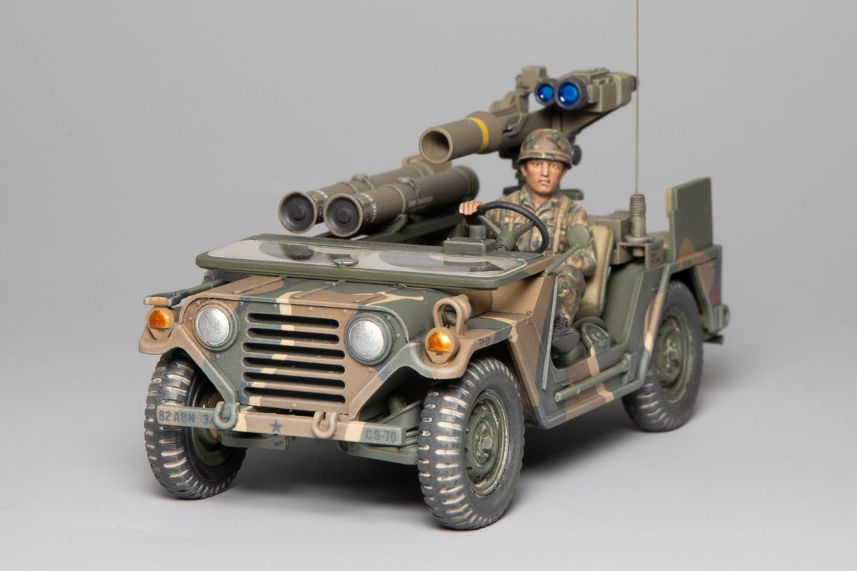 Tamiya 1/35 US M151A2 Missile Launcher Modern