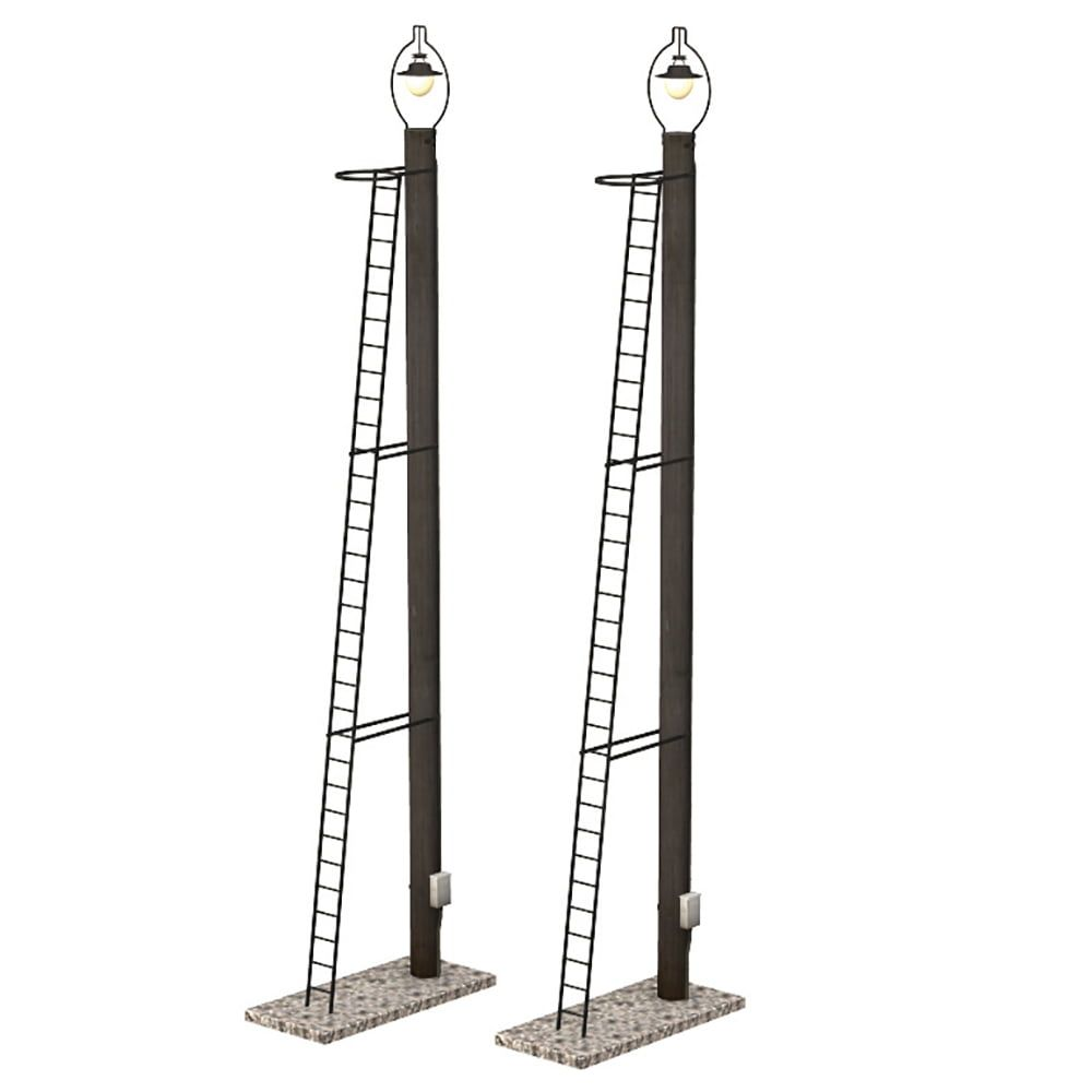 Branchline  Wooden Post Yard Lamps (x2) 44-561