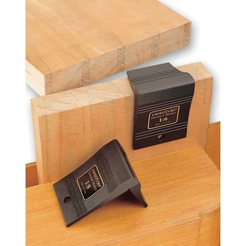 Veritas Dovetail Saddle Marker 1:6 and 1:8 angles for marking of softwood dovetails