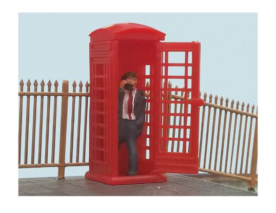 Peco Telephone Box & Caller