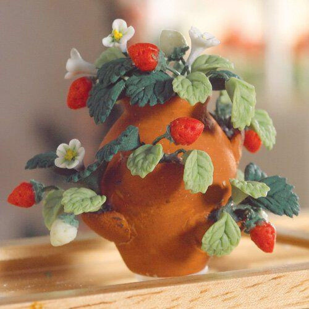 Strawberry Plants in a Terracotta Pot 1 12 Scale for Dolls House Garden