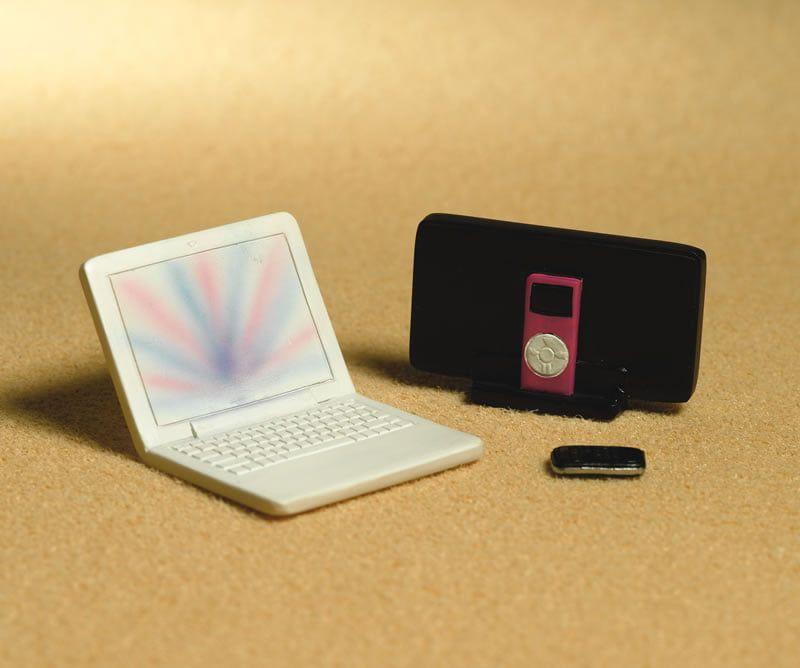 Modern Tech, Laptop, Ipod, Mobile Phone