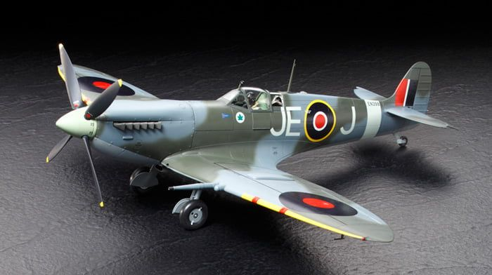 Tamiya Supermarine Spitfire Mk.IXc 1:32 Scale Plastic Model Kit