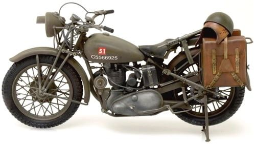 Italeri Triumph 3HW 1:9 Scale Military Solo Motorcycle Kit