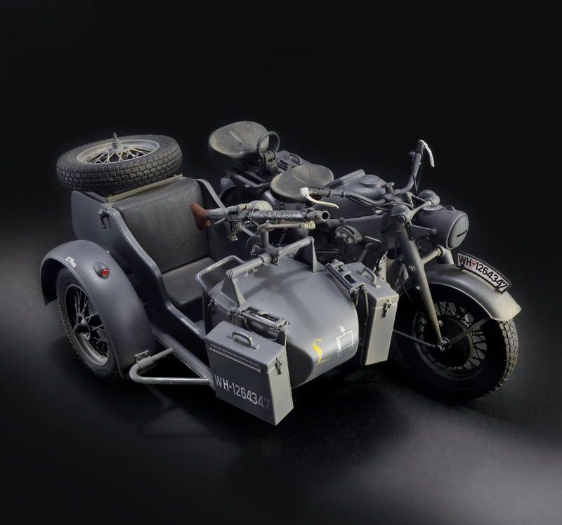 Italeri Zundapp KS 750 With Sidecar Kit