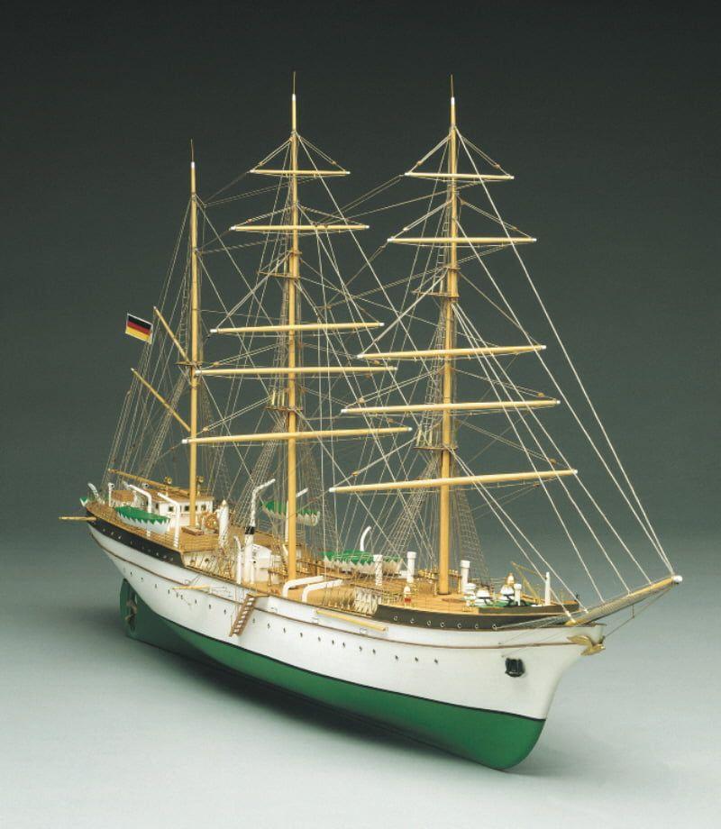 Mantua Models Gorch Fock Model Ship Kit - Gorch Fock Optional Sail Set