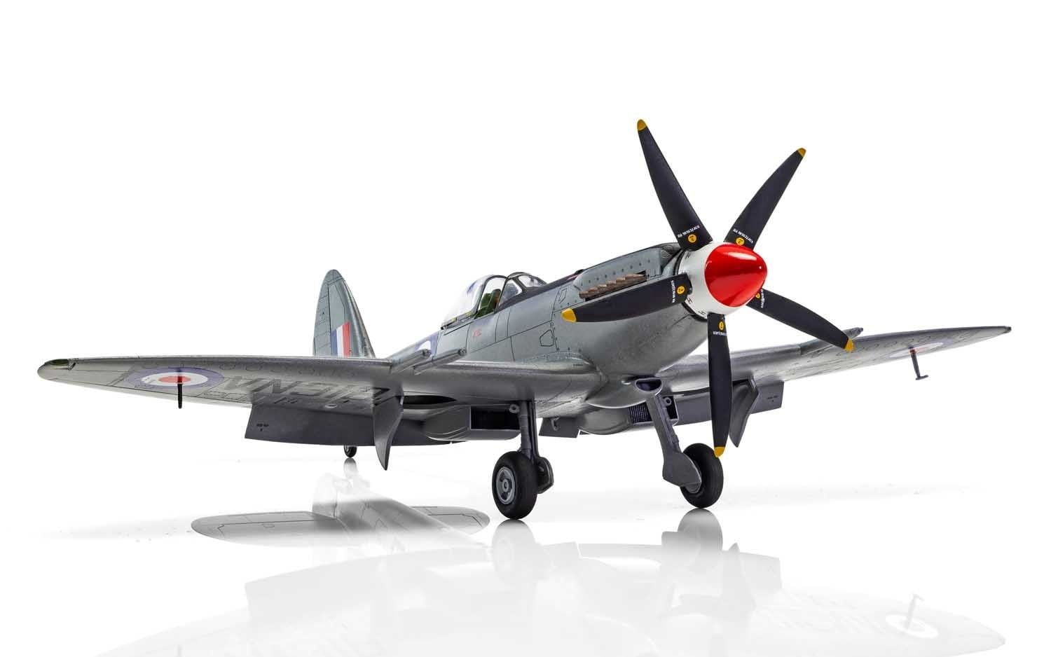 Airfix Supermarine Spitfire Mk22 24  1:48 Scale Plastic Model Kit