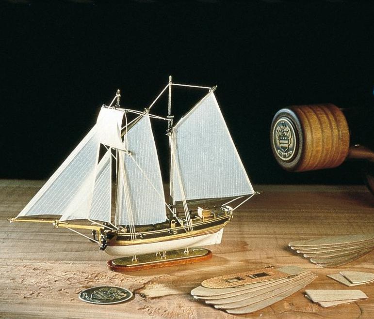 Amati Hannah Ship in a Bottle 1:300 Scale Model Kit