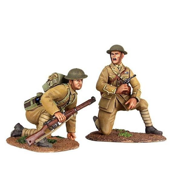 """W Britain - """"Move Up"""" - 1916-17 British Infantry Officer Kneeling and Infantry Preparing to Spring Up"""