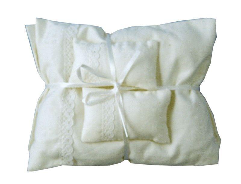 White Pillows and Duvet