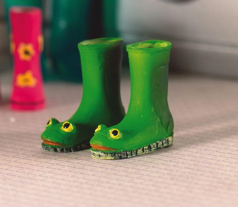 Frog Wellies x 2