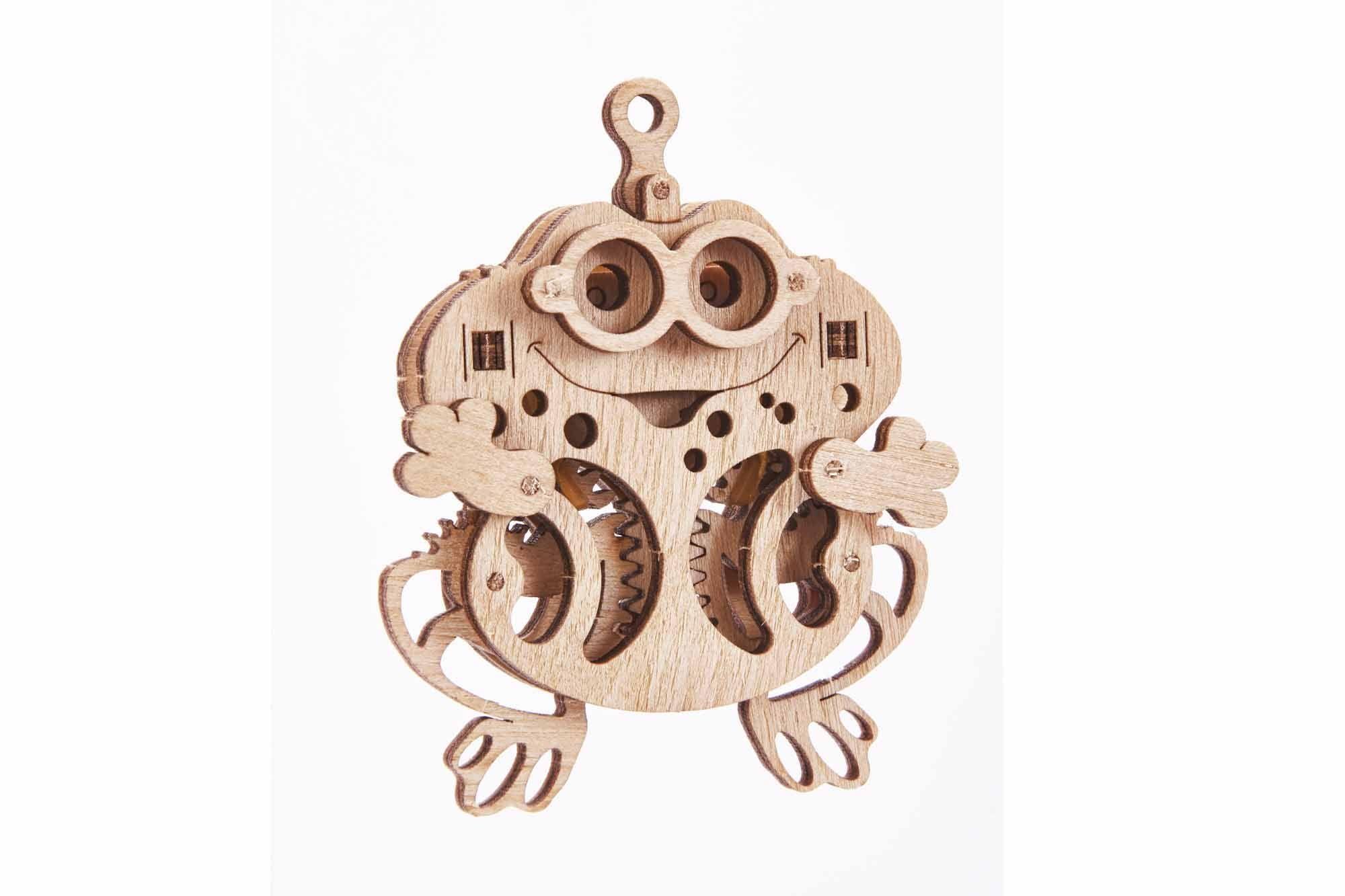 Wood Trick Frog