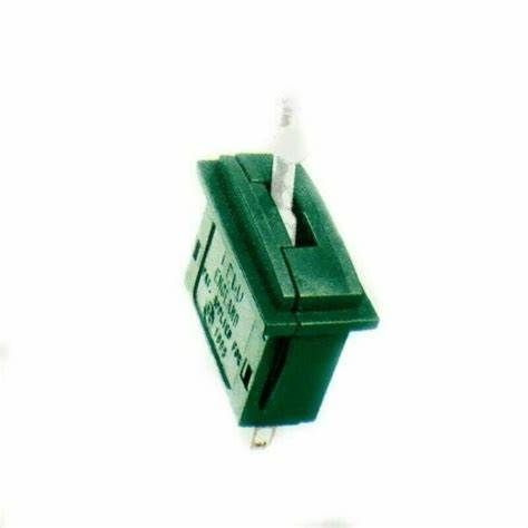 Peco On-On Changeover Switch (style matches PL-26 series)