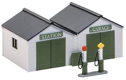 Peco Station Garage with Vintage Pumps & Oil Cabinet