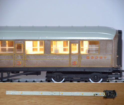 Train Tech Automatic Coach Lighting - Warm White/Standard