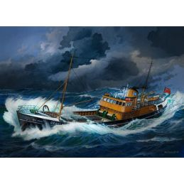 Revell North Sea Trawler Kit