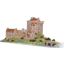 Aedes Ars Eilean Donan Castle Architectural Model Kit