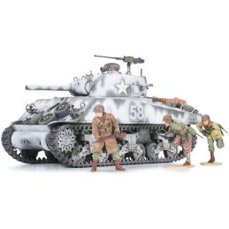 Tamiya M4A3 Sherman 105mm Howitzer Figures Included 1:35 Scale Plastic Model Kit