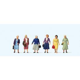 Female Travellers (6) British OO Scale Figure Set