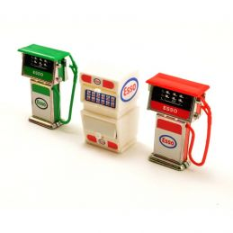 Model Garage Accessories 2 Pumps and Oil Cabinet