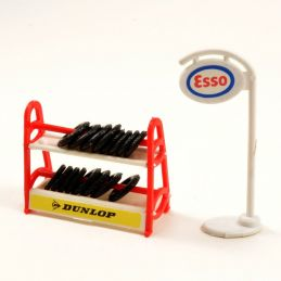 Model Garage Tyre rack and Esso sign