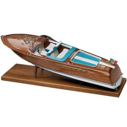 Amati Riva Aquarama Italian Runabout Quality Model Kit