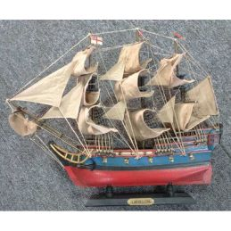 HMS Bellona Pre-Painted Starter Model Ship Kit