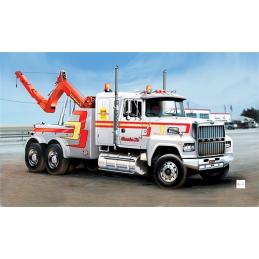 Italeri U.S. Wrecker Truck 1:24 Scale Model Plastic Kit