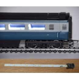 Train Tech Automatic Coach Lighting - Cool White/Standard