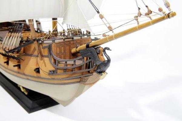 Zvezda Black Swan Pirate Ship 1/72 Scale Model Kit