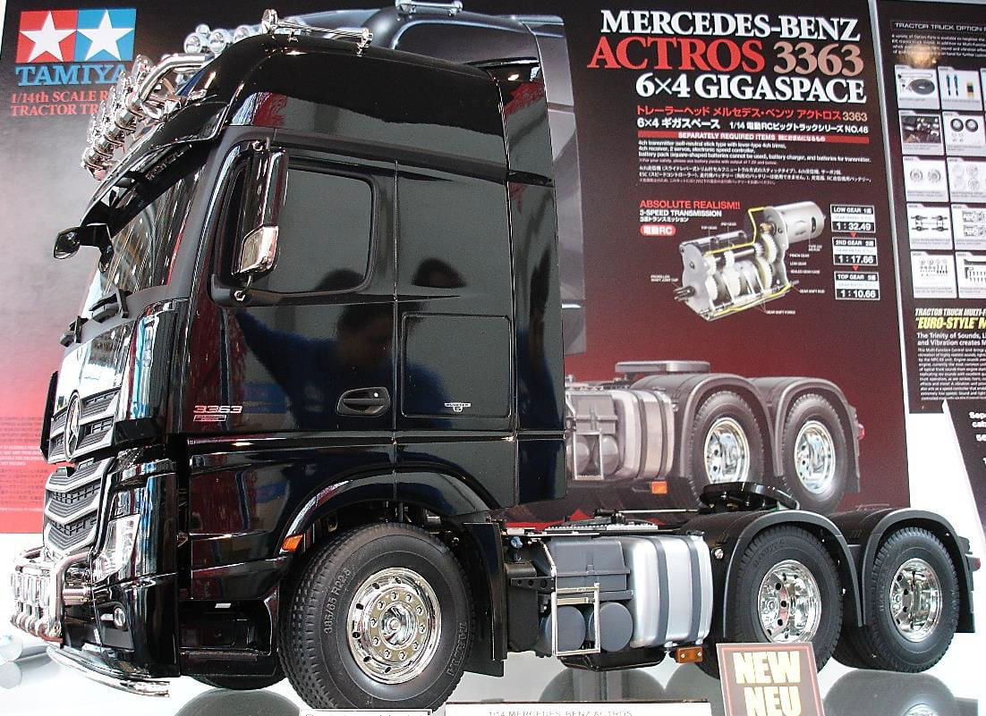 Tamiya mercedes benz actros 3363 6x4 gigaspace 1 14 scale for Mercedes benz truck parts