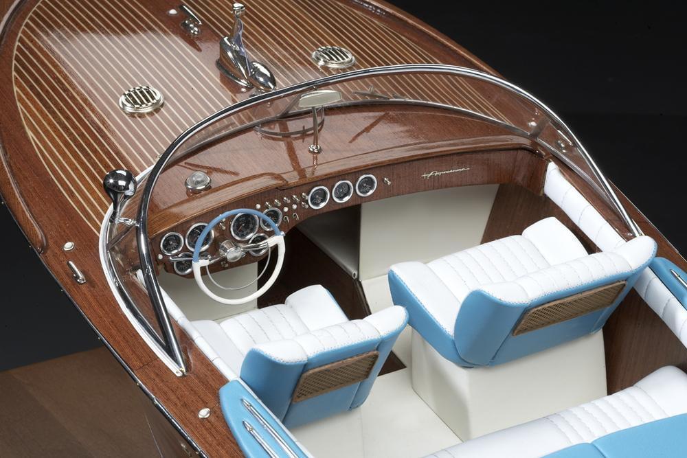 Amati Riva Aquarama Italian Runabout 1/10 Model Boat Kit ...