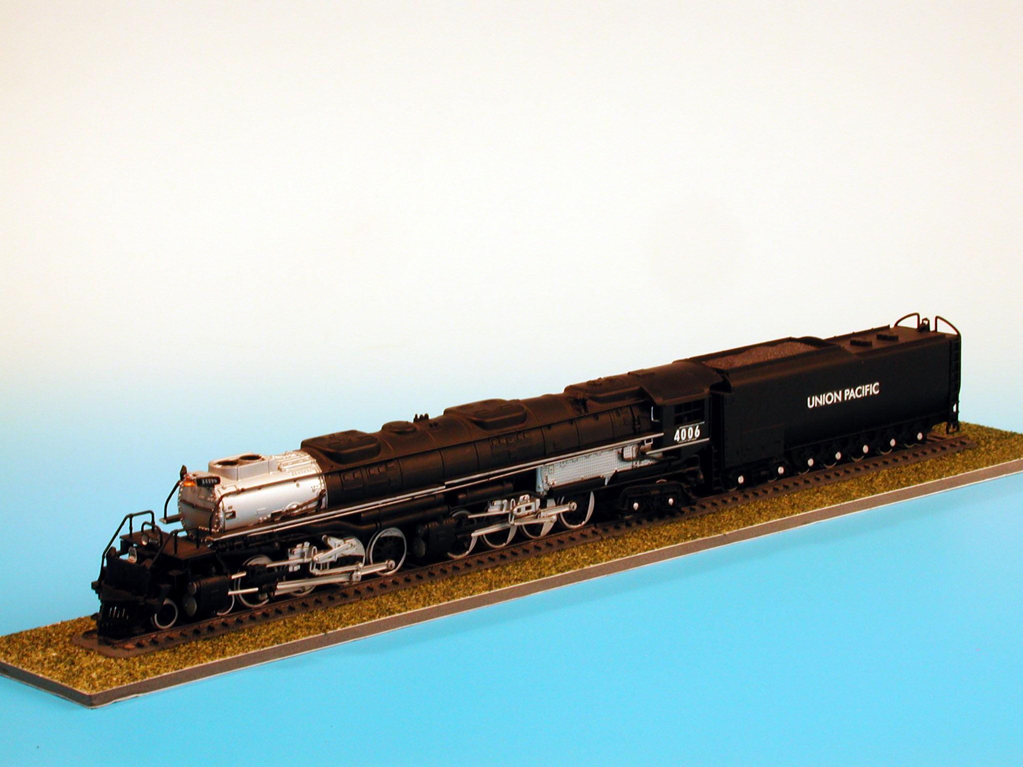 Revell Big Boy Locomotive 1 87th Scale Plastic Model Kit