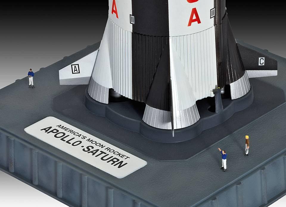 Revell Apollo Saturn V 1 144 Scale Advanced Plastic Model