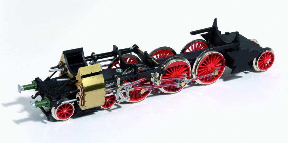 Occre Bavarian Br 18 Train Locomotive 1 32 Scale Model Kit