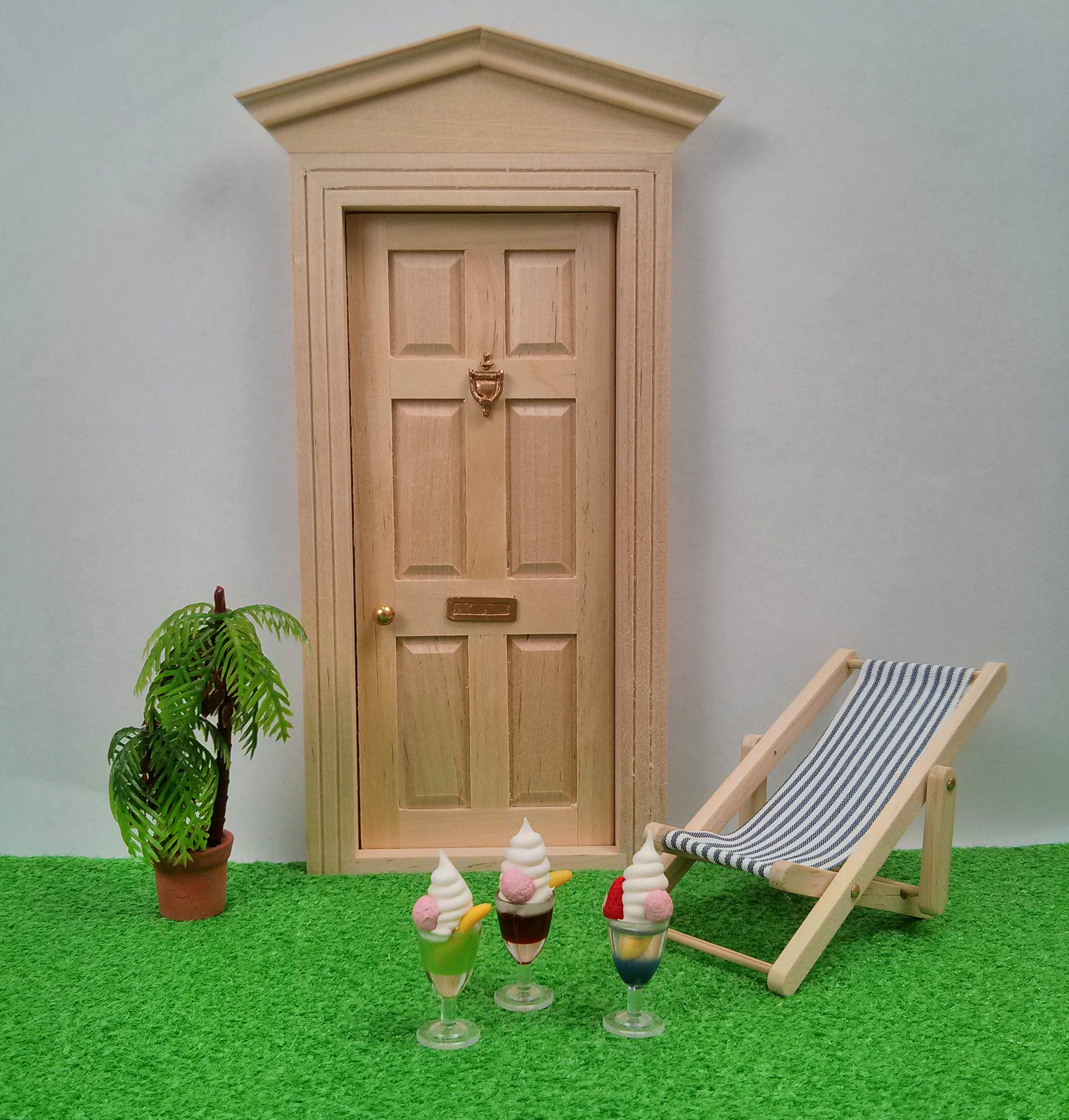 Miniature dollhouses doll house supplies earth tree for House building options