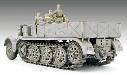 Tamiya 18 Ton Half Track Quot Famo Quot 1 35th Scale Plastic Model