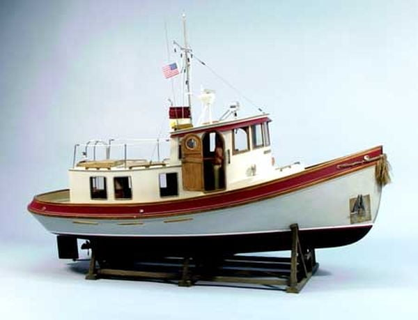 Dumas Lord Nelson Victory Tug 116 Scale Wooden Model Boat Kit