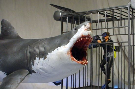 Pegasus Great White Shark Plastic Model 1 18th Scale 9501