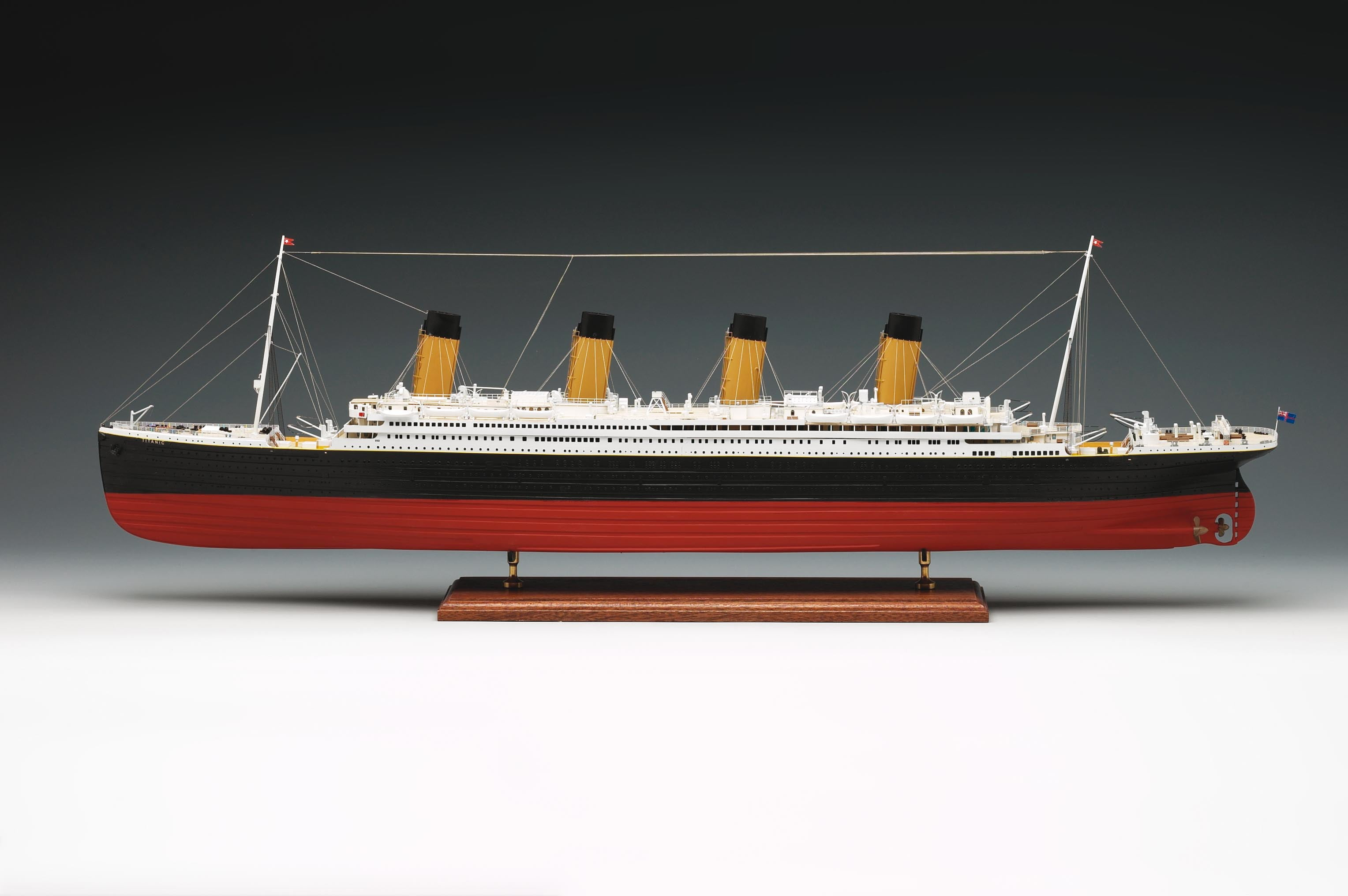 Amati RMS Titanic 1912 Wooden Model Ship Kit 1606 | Hobbies