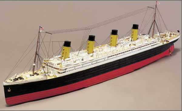 Mantua Models RMS Titanic Kit | Hobbies